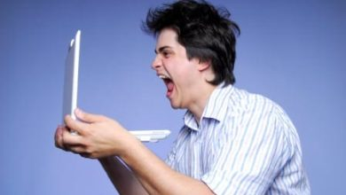 Photo of Are Negative Comments Online Damaging Creativity?